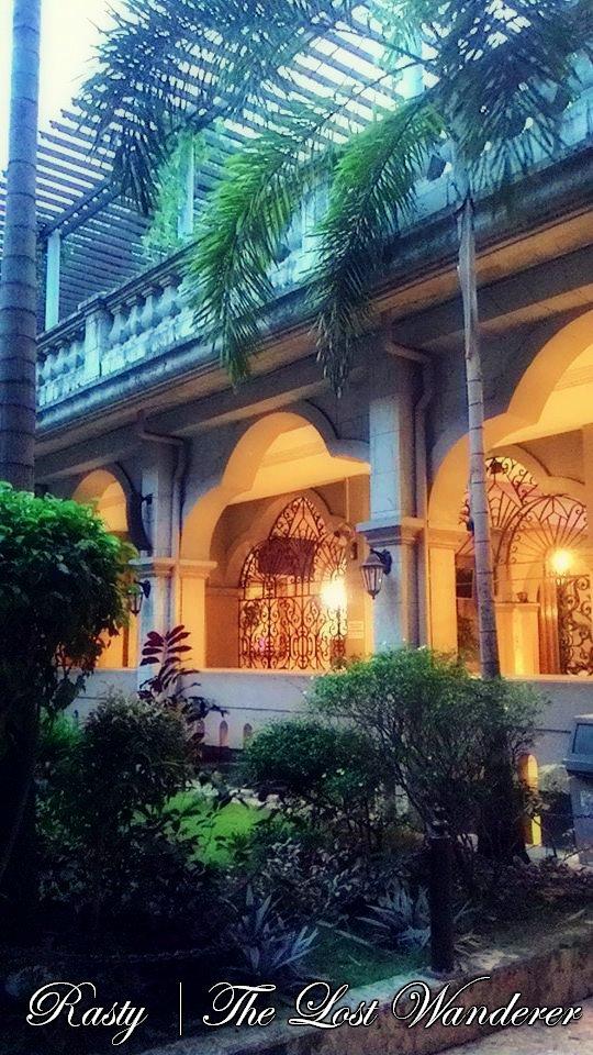 religious attractions in cebu city metropolitan cathedral